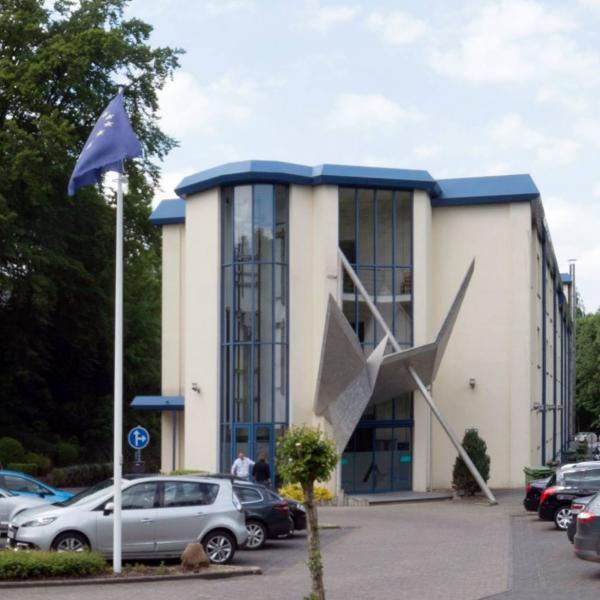 Quartum Business Center