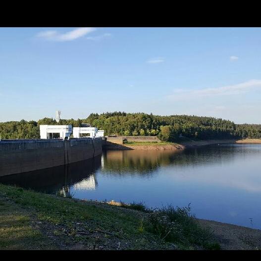 Informatiepaneelen van de Eupense stuwdam