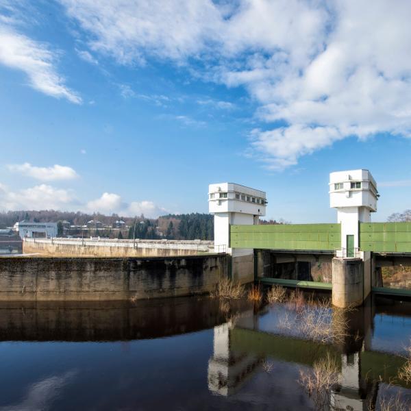 De Stuwdam Van De Vesder
